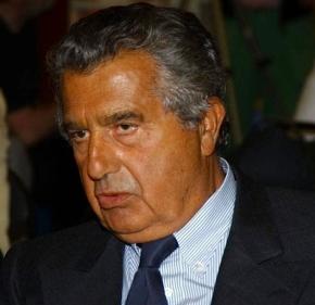 De Benedetti si è trovato in tasca La Stampa. Ma quanto l'hapagata?