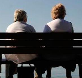 """Scontro tra pensionati. Il """"No"""" al prelievo forzoso verso le 700 firme in tutta Italia. Il Veneto si schiera a favore del """"Sì"""": vogliamocontribuire"""