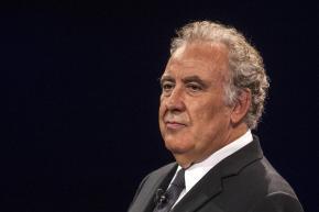 """Michele Santoro querela La Stampa: """"Non ho compensi per il mio lavoro"""". Stupore degli abbonati allaluce"""