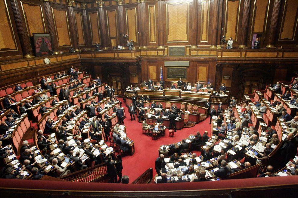 Oggi alla commissione affari costituzionali del senato for Composizione del senato