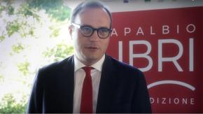 Il direttore dell'Espresso Tommaso Cerno affiancherà Mario Calabresi alla direzione di Repubblica. Obiettivo: rinnovare e frenare la perdita dicopie