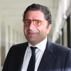 """De Benedetti: """"Repubblica non è in vendita"""". Ai rumors di cessione del Gruppo Gedi titolo inrialzo"""