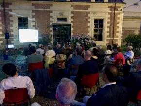 """Che festa Pestelli! Il pubblico applaude a lungo il documentario """"Quei gloriosi anni dacronista"""""""