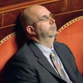 """Vito Crimi 2018 sottosegretario: """"La professione giornalistica va tutelata"""". Vito Crimi 2013: """"I giornalisti mi stanno sul cazzo. Fanno sologossip"""""""