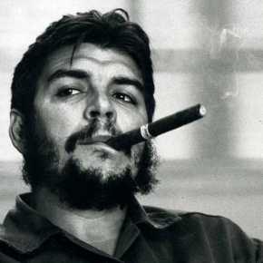 """Che Guevara in camicia nera. Il Secolo d'Italia nella bufera social. Il cdr: """"Veri e propri insulti al nostrogiornale"""""""
