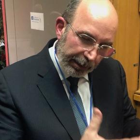 """E' tornato Vito Crimi e dice ai giornalisti: """"Fate il vostro lavoro, nel quale siete bravi, indagate sulla gestione Inpgi e salvate lepensioni"""""""