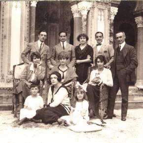 """Luca Paravicini, figlio di Giulia Maria Crespi, lascia il cda di Gedi per """"ragioni personali"""". Il 14 maggio era morto il suo gemello in unincidente"""